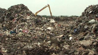News video: Thailand totters towards waste crisis